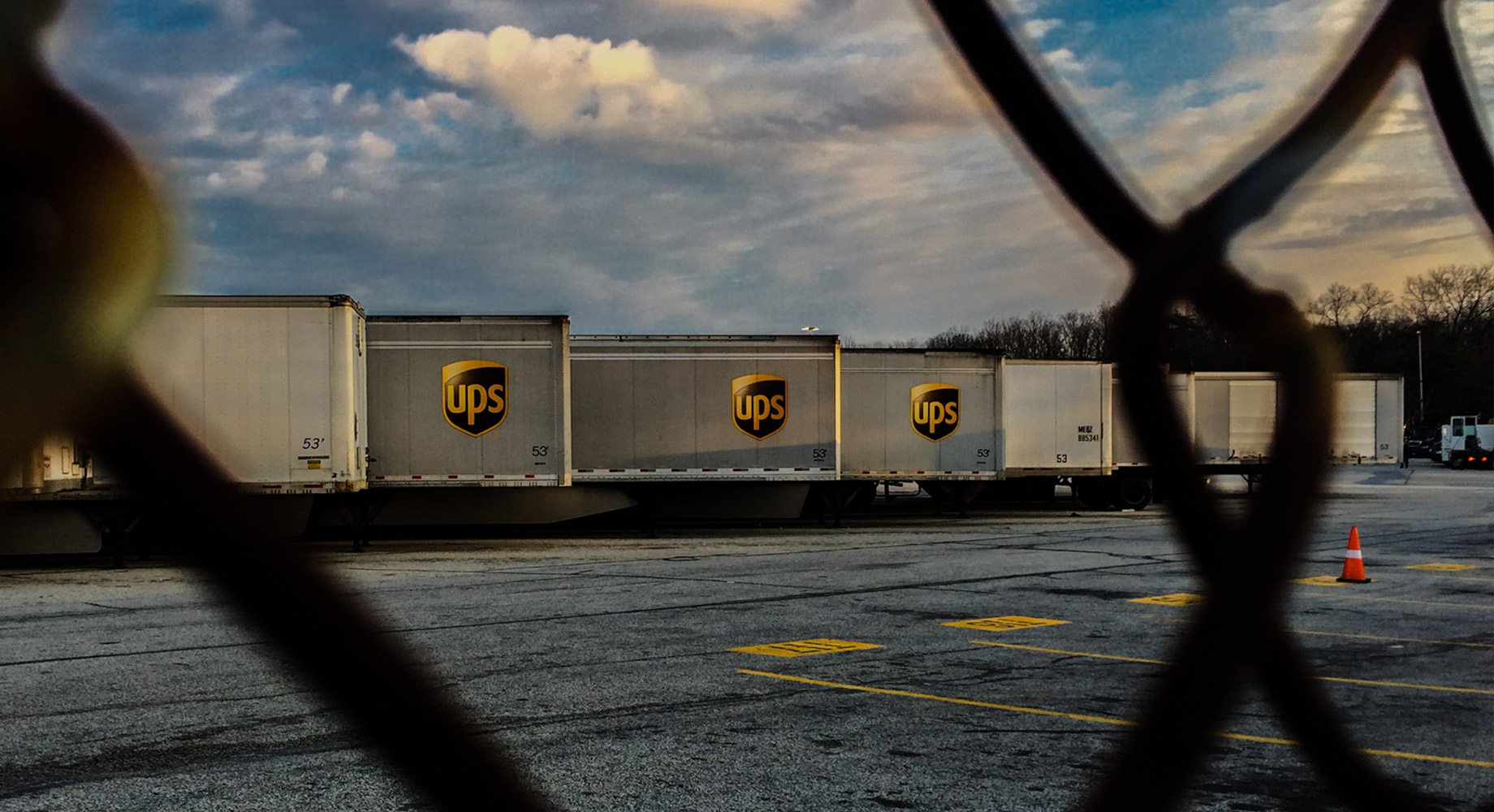 UPS trailers